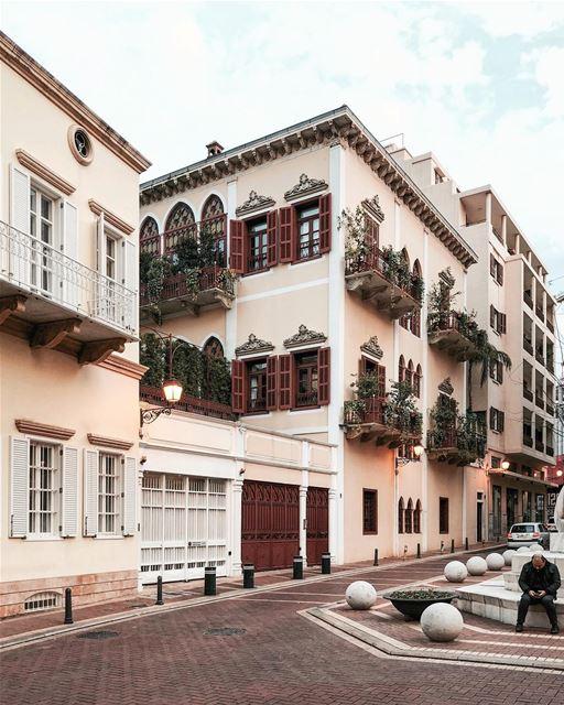 Beirut Houses 🏡 Beirut architecture iamatraveler ..... vsco vscocam... (Beirut, Lebanon)