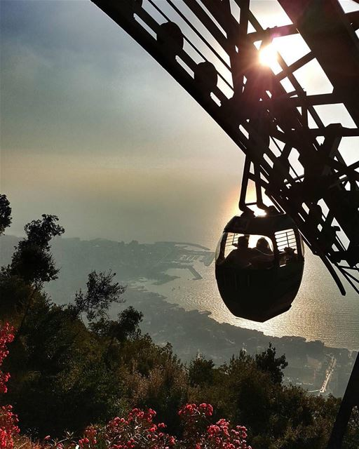 All the way up!🚡🌅📷 @elie_gh FromHarissaWithLove Teleferique ... (Harîssa, Mont-Liban, Lebanon)
