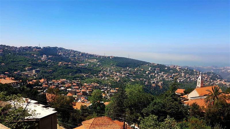 Home sweet home @livelove.beitchabab.. beitchabebo beitchabab ... (Beït Chabâb, Mont-Liban, Lebanon)