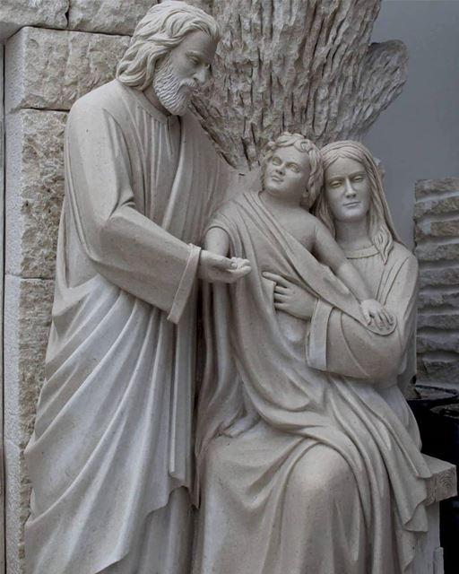 بي العيلة ... ينعاد عليكن!____ nayef_alwan sculptor sculpture artist ...