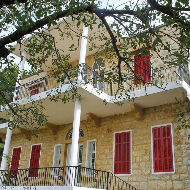 You just need a Framework and a Dream 🏡✨... Hseiki ... (Aïnâb, Mont-Liban, Lebanon)
