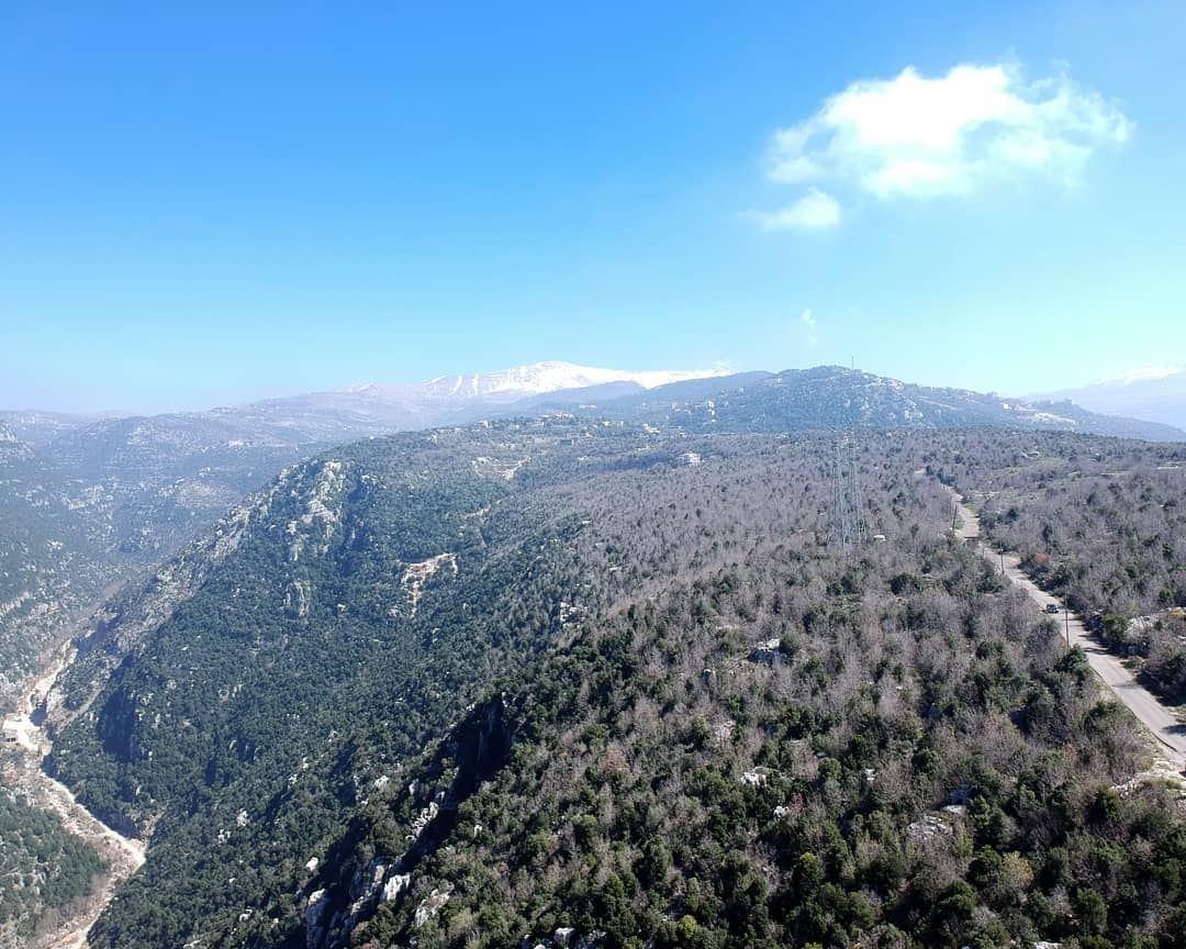Take me away , million miles away from here lebanon metn zabbougha ... (Deïr Chamra, Mont-Liban, Lebanon)