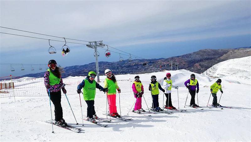 The season is back ❄️ groupez skischool mzaar lebanon sportsexperts ... (Lebanon)