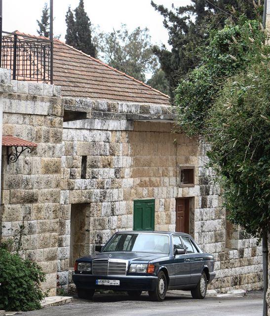 Staying home 🏡 @livelovemarjeyoun (Marjayoûn, Al Janub, Lebanon)