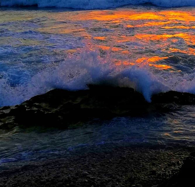 sunsettime goldensea waves sea ...