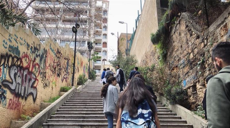 city walks (2) (Ain El Mreisse, Beyrouth, Lebanon)