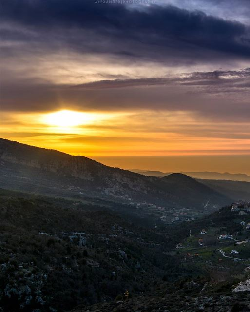 The Golden Hour | somewhere between Bcharre and Amioun, North of Lebanon ... (Beït Menzer, Liban-Nord, Lebanon)