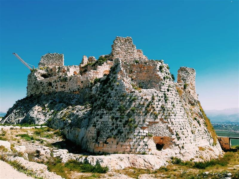 For those who love explore castle oldcastel mountains ... (Beaufort Castle, Lebanon)