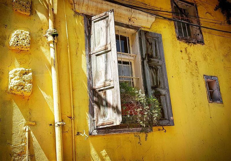 old house neighborhood achrafieh lebanon beirut photography ...