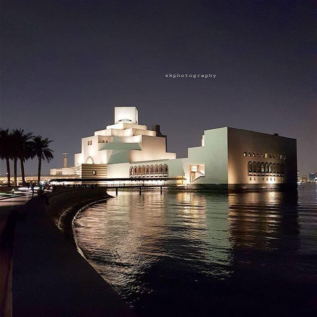 ..حضورك فقط من ينعش قلبي الذابل.. *جلال الدين الرومي * amazing_qatar ... (Museum of Islamic Art (MIA))
