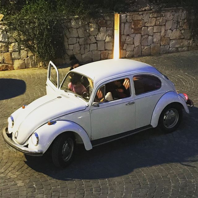 vw volkswagen beetle aircooled lebanon saturday ride family white night... (Baabda)