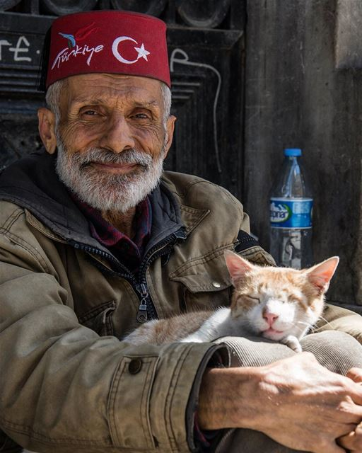 Be human be kind... shot in turkey istanbul taksim portrait people ...
