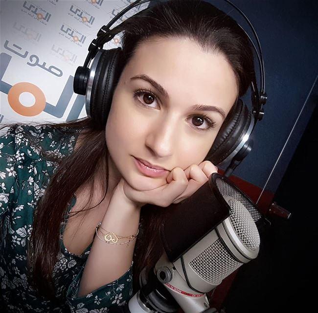 workselfie radio news sawtelmada 92.5 nightshift ilovemyjob ❤ ... (Sawt El Mada)