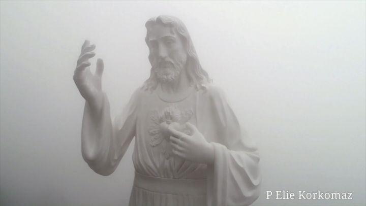 تمثال الرحمة الالهية غوسطا livelovelebanon livelovejounieh ...