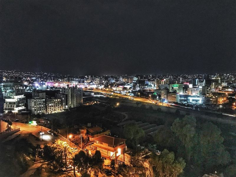 1:00 AM is for old... (Lebanon)