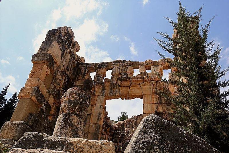 🏛 Niha Temple 🏛.......... lebanon lebanon_hdr niha ... (Niha, Béqaa, Lebanon)