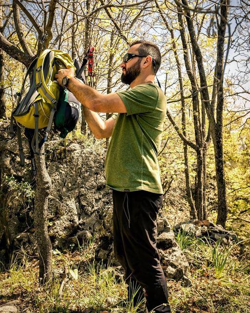 How much does you day weigh? 📷@highsamachkar... wildernessculture ... (Lebanon)
