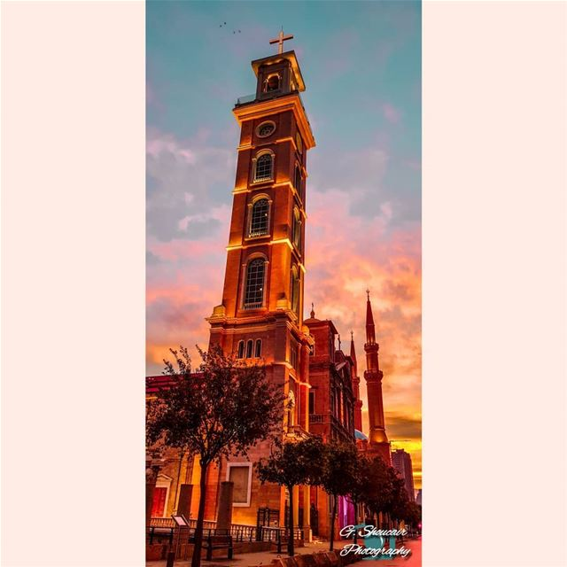 Standing always besides each other one love ⛪🕌______🔴⚪⚪🌲⚪⚪🔴_______... (Downtown Beirut)