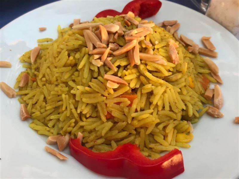 Omg 😻 🇮🇳 almonds rice yellowrice redpepper orientalrice lebanon ... (Beirut, Lebanon)