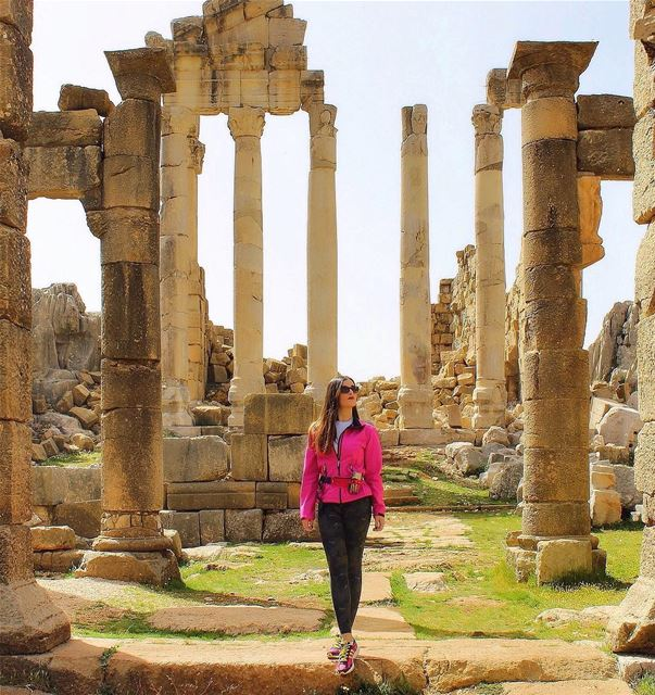 If you think this is Baalbek, you still have a lot to see ! 🏛... (Faqra Ruins)