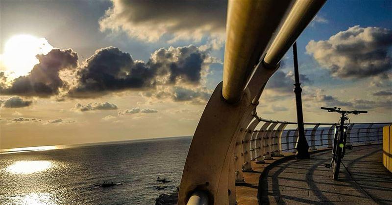 The Horizon bent for Us to meet....☀️🚲.. meeting sunset mybike... (Beirut, Lebanon)