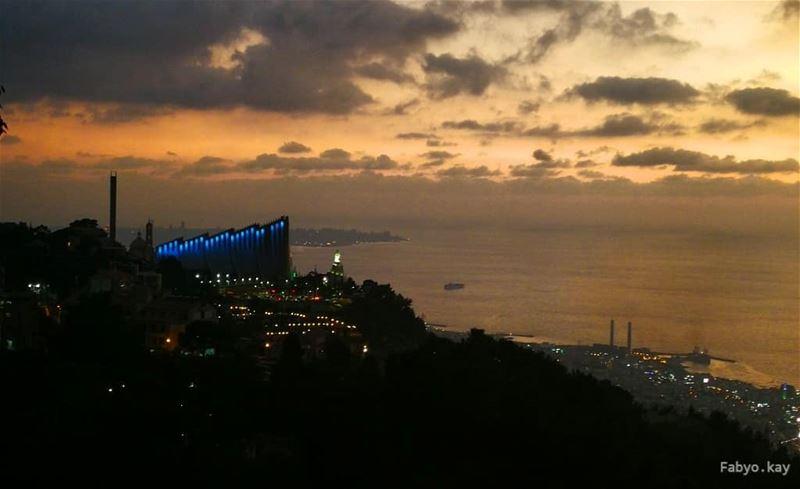 ___________________________________ sunset sunsetlovers harissa sol... (Harîssa, Mont-Liban, Lebanon)