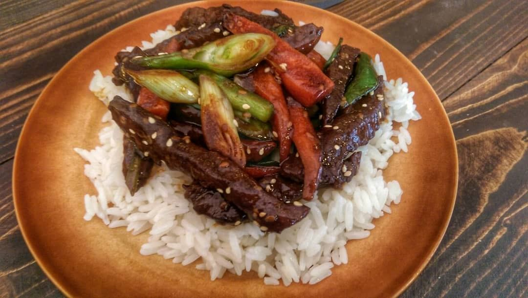 Beef Teryaki and Smoke Curcuma Chicken for lunch today at Em's. Give us a... (Em's cuisine)
