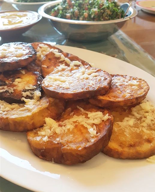 Fried Garlic Eggplant🌸Ingredients🌸1 large eggplant2 cups of flour2... (Greater Montreal)