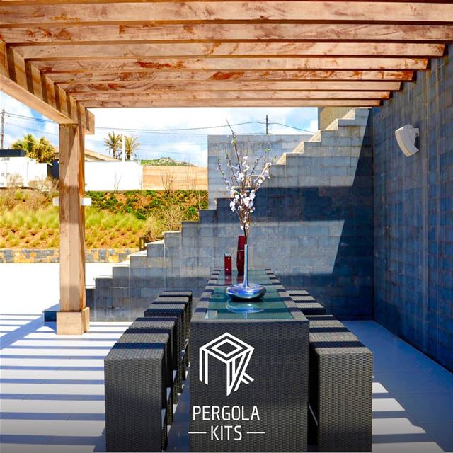 Add Value to Your Outdoor Dining Space.. Pergola SomeInspiration ...