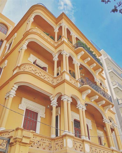 *letslivethere•••••• achrafieh oldbuilding beautiful ... (Achrafieh, Lebanon)