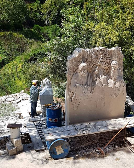 In the making...____ nayef_alwan  sculptor  artist  art  lebanon ... (Aïtou, Liban-Nord, Lebanon)