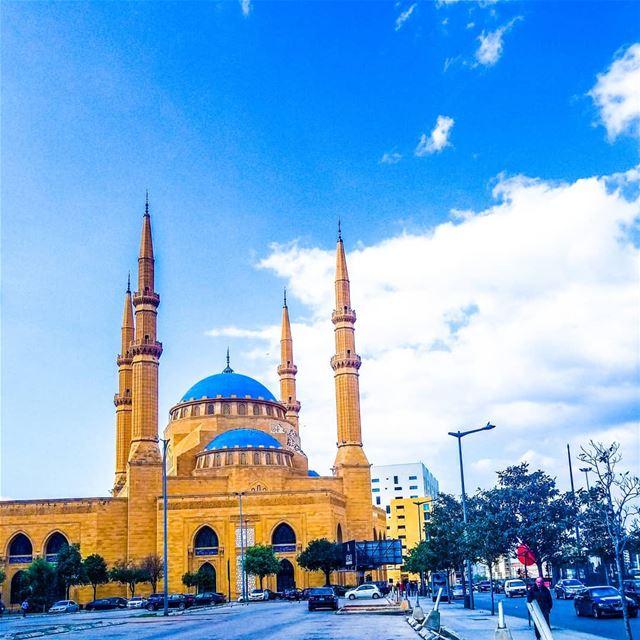 Beirut you're as fine as sunshine ☀️ goodmorninglebanon beirut ... (Beirut, Lebanon)