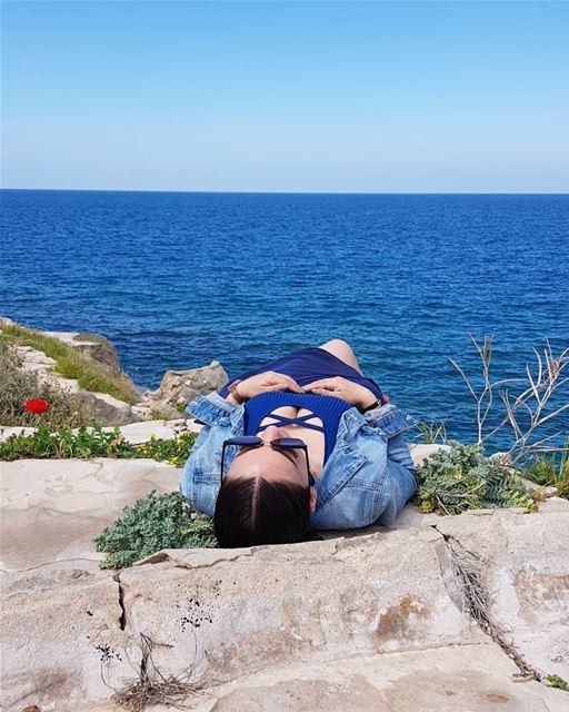 🌞🌞🌞 nofilter blue mediterraneansea spring whatsuplebanon ... (Tahet el-rih تحت الرّيح)