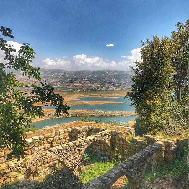 lebanon tourism nature naturelovers westbekaa art photography lake... (Lake Qaraoun)