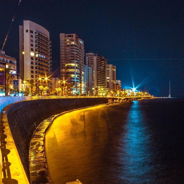 Beirut cityscape citylights longexposure lebanon lebanon_hdr... (Ain El Mreisse, Beyrouth, Lebanon)