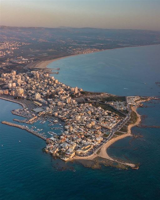 Set sail to Carthage?❤️ @tyrepageBy @rawadtaha TyrePage SourPage Tyre ... (Tyre, Lebanon)