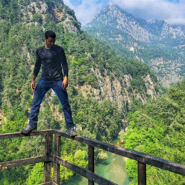 They said dont make it cliché Me 🤷🏻♂️.... lebanon chouwen ... (Lebanon)
