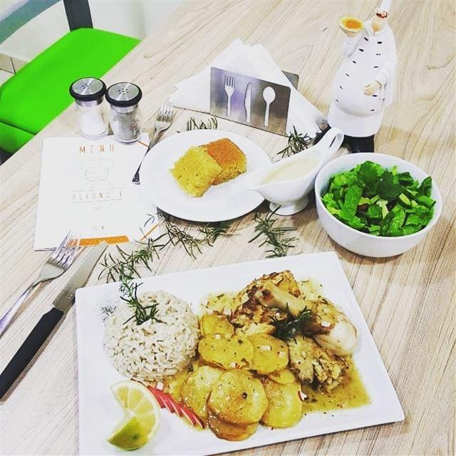@allonzyresto - Plat Du JourDjej w batata with salad et dessert only... (Allons'y)