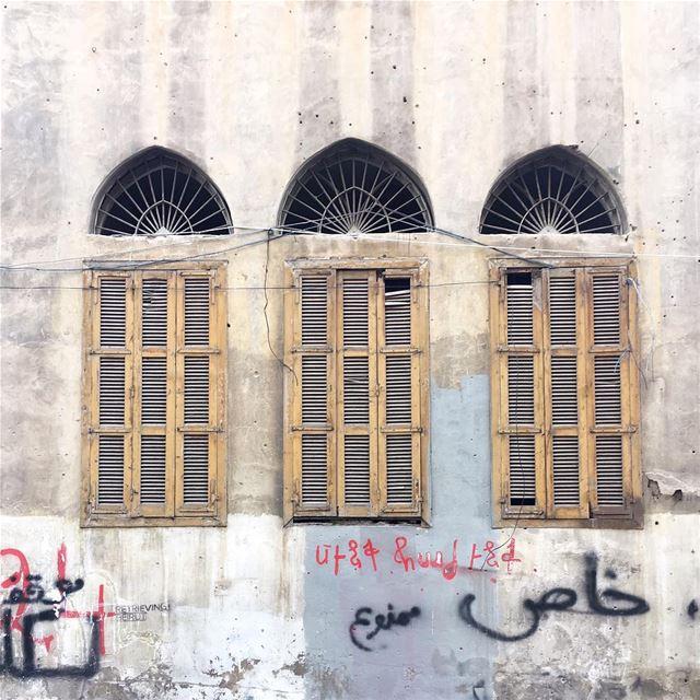 three's a crowd 🖍✊🏼 (Beirut, Lebanon)