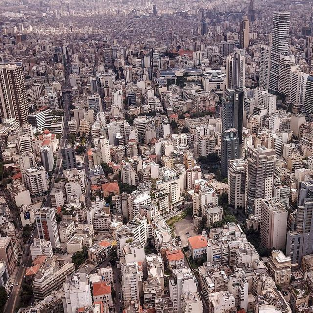 Endless Options in a beautiful city 🌃By @rabzthecopter Beyrouth Beirut... (Beirut, Lebanon)