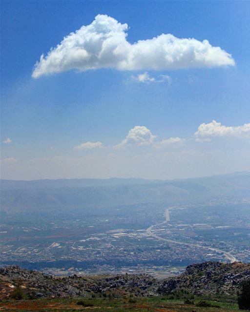 Below the cloud ☁️ .......... Lebanon bekaa bekaavalley ... (Beqaa Valley)