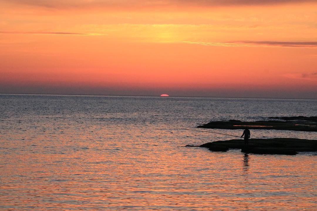 sunset sunrise sun pretty beautiful red orange pink sky skyporn ... (Jbeil جبيل)
