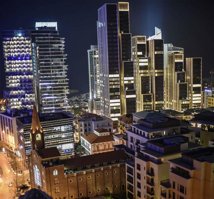 Lights of Beirut 🇱🇧🌃🇱🇧 .... lebanon beirut beirutcityguide ... (Mar Elias Church-Kantar)