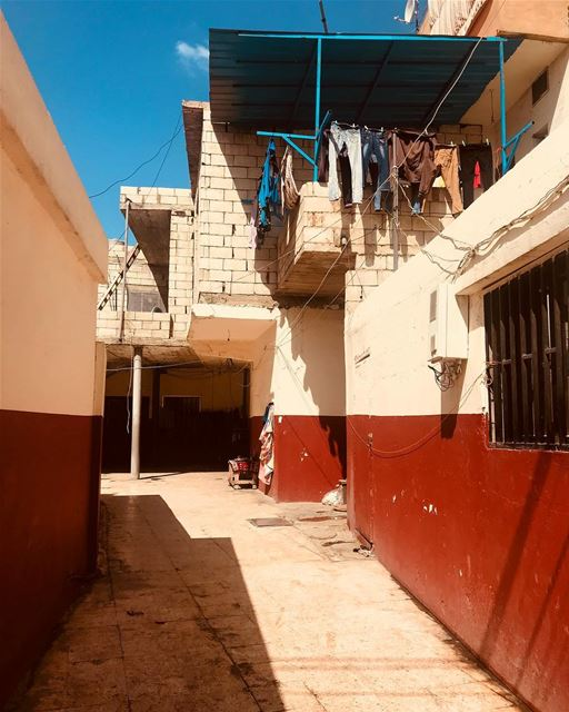 Life Status: On Hold ⏳! bekaa refugees shelter photojournalism ... (Barr Eliâs, Béqaa, Lebanon)