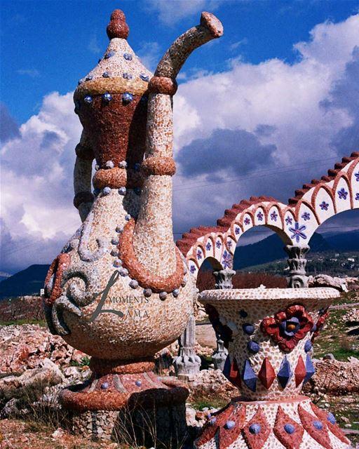 قصر الأحلام في بخعون الضنية 😍 landscape landscapephotography... (Bakhoun, Liban-Nord, Lebanon)