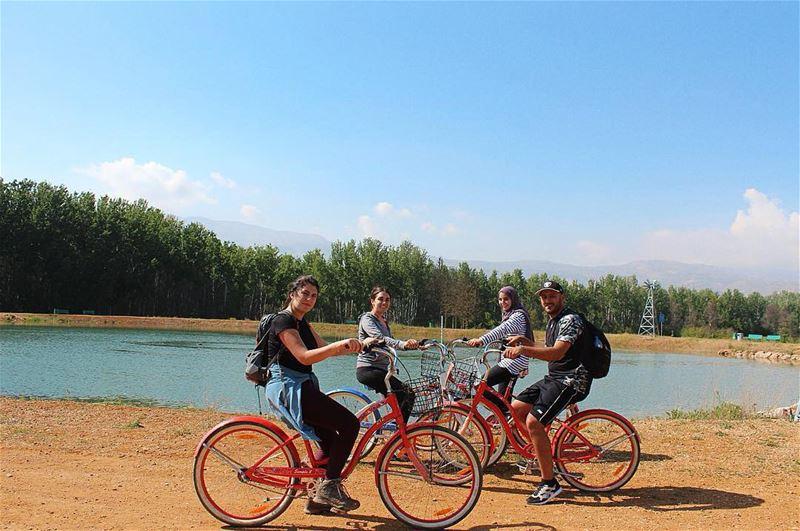 💚 Take time to do what makes your soul happy 🌸🌼 bikeweek livelovebekaa... (Deïr Taanâyel, Béqaa, Lebanon)