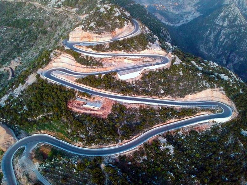 The Sexy curves of jbeil mountains curvy road lebanon ... (Jbayl, Mont-Liban, Lebanon)
