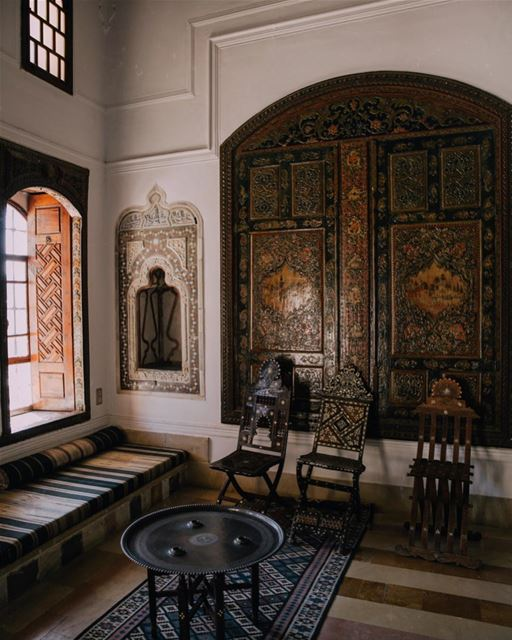Charming details of Beiteddine Palace ≈I am in love with traditional... (Beiteddine Palace)