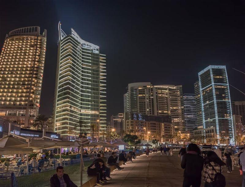 Lights of Beirut 🇱🇧🌃🇱🇧 .... lebanon beirut beirutcityguide ... (Zaitunay Bay)