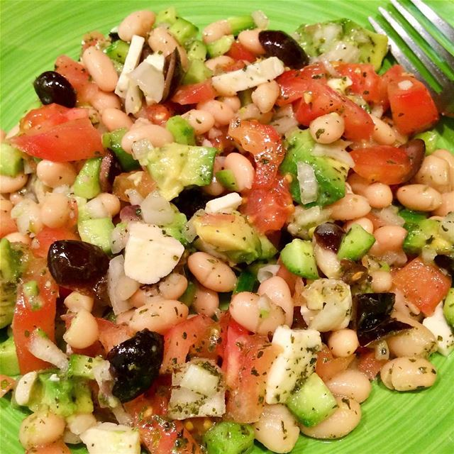 My Homemade Mediterranean White Bean Salad, a little loaded🙊😊❤️💚🖤...